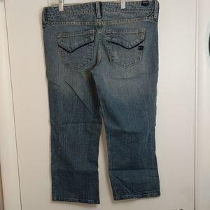 VANITY Distressed Denim Jean Capri Pants W29